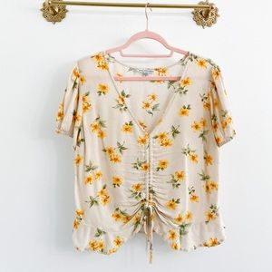 American Eagle Floral Ruched Crop Blouse